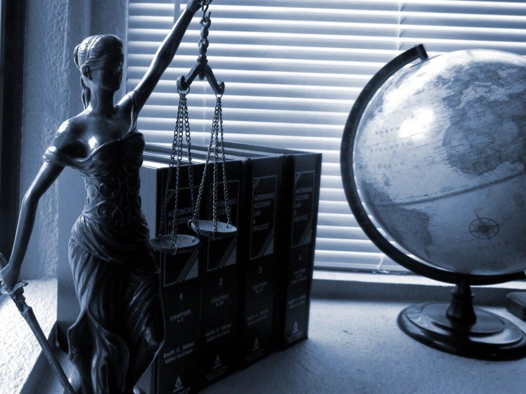 Statua della giustizia - Neuroscienze forensi