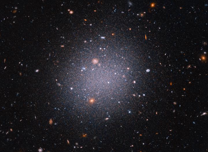 NGC1052-DF2 Hubble galaxies dark matter
