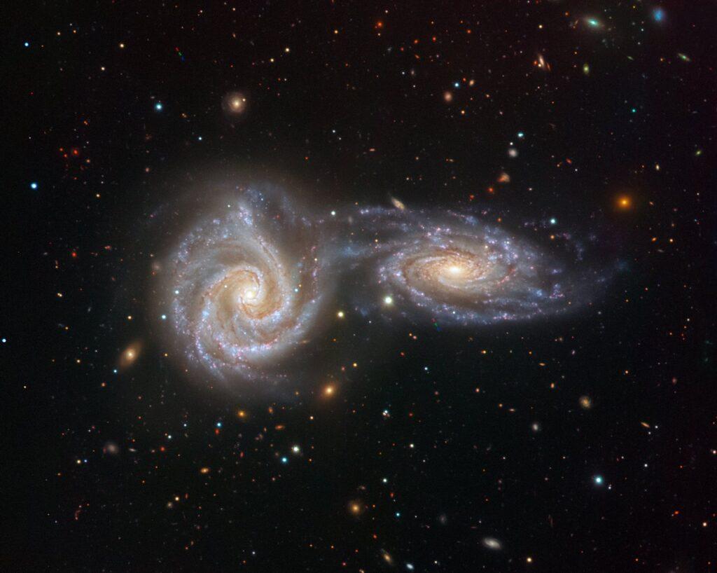 scontri galassie universo